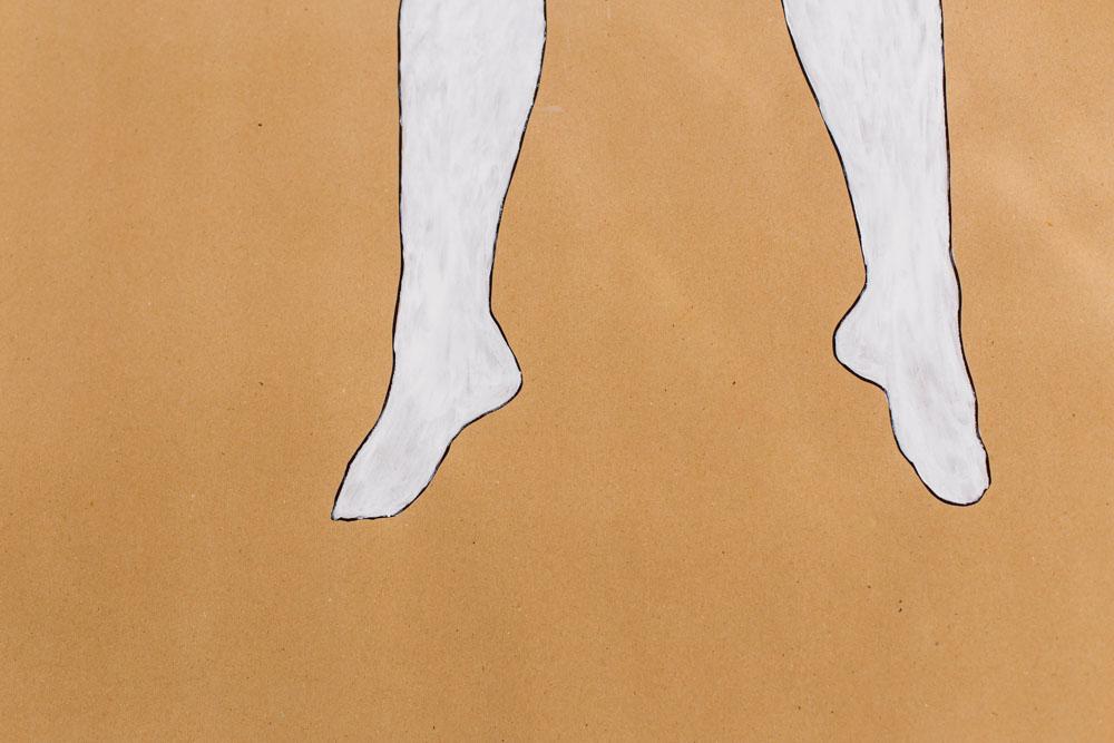 weiß gemalter Körper
